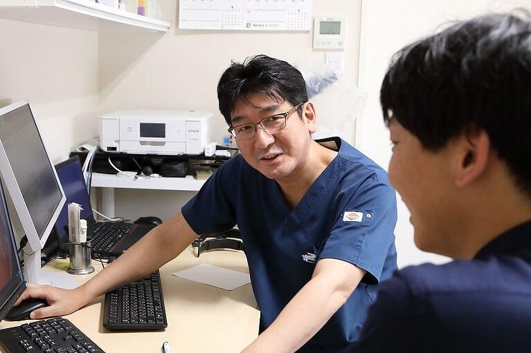 大阪市鶴見区の服部クリニックでは、1年に1回胃カメラ検査を勧めています