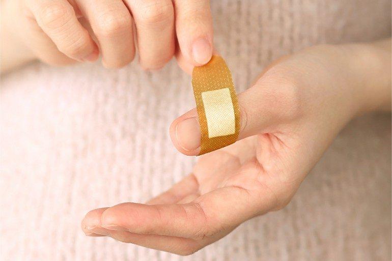 大阪市鶴見区で粉瘤の手術なら服部クリニック