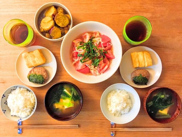過敏性腸症候群は普段の生活習慣・食事が大事になります。